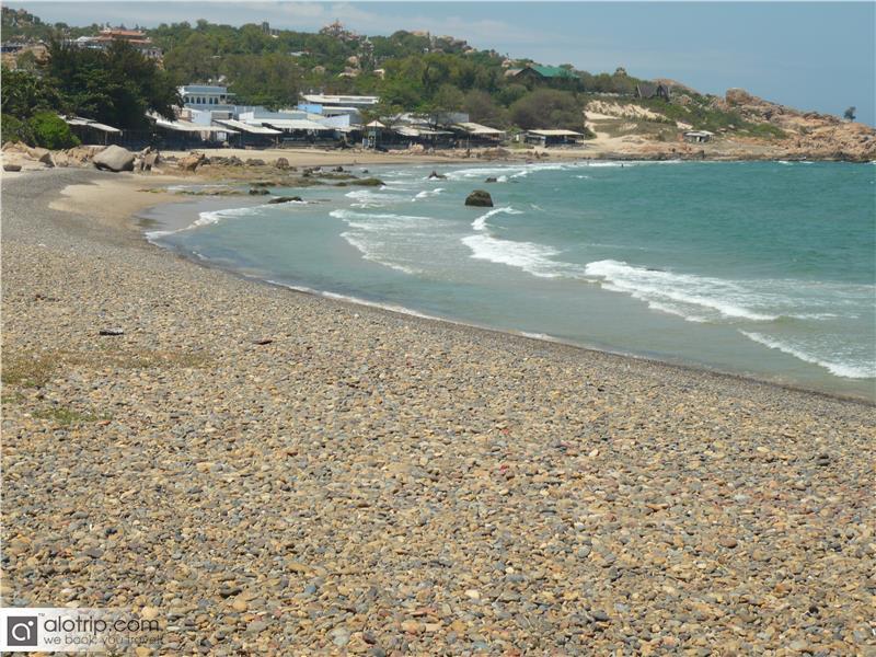 Co Thach Beach