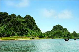 New Vietjet Saigon - Dong Hoi route