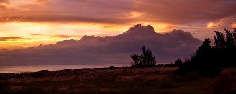 Sunrise on Khem Beach