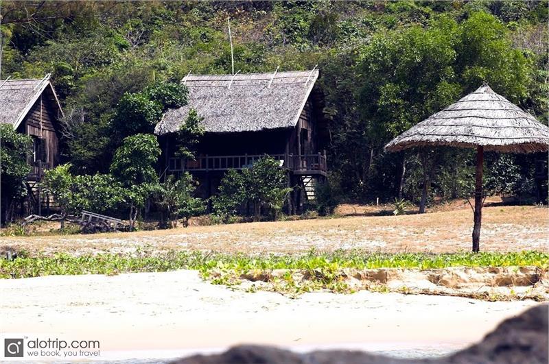 Mango Bay Resort promotes Stay 3 Pay 2 Program
