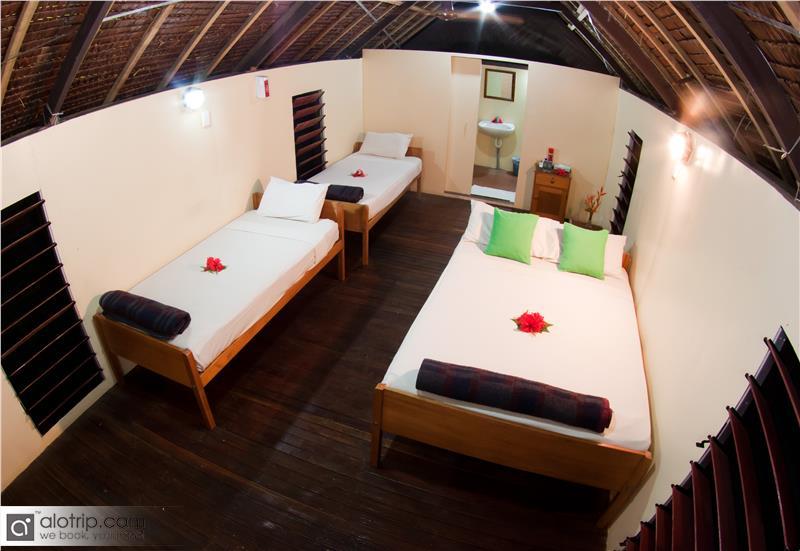 Rooms in Mango Bay Resort