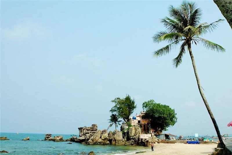 Panoramic view of Dinh Cau