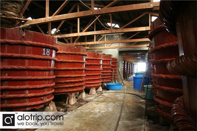 fammous fish sauce factory in Phu Quoc
