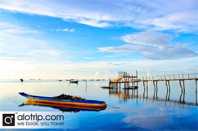 Sunset view from Ham Ninh fishing village