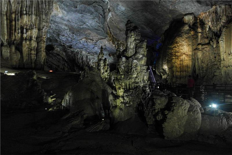 Rock formations inside Paradise Cave