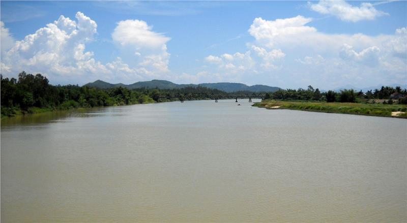 Tra Bong River