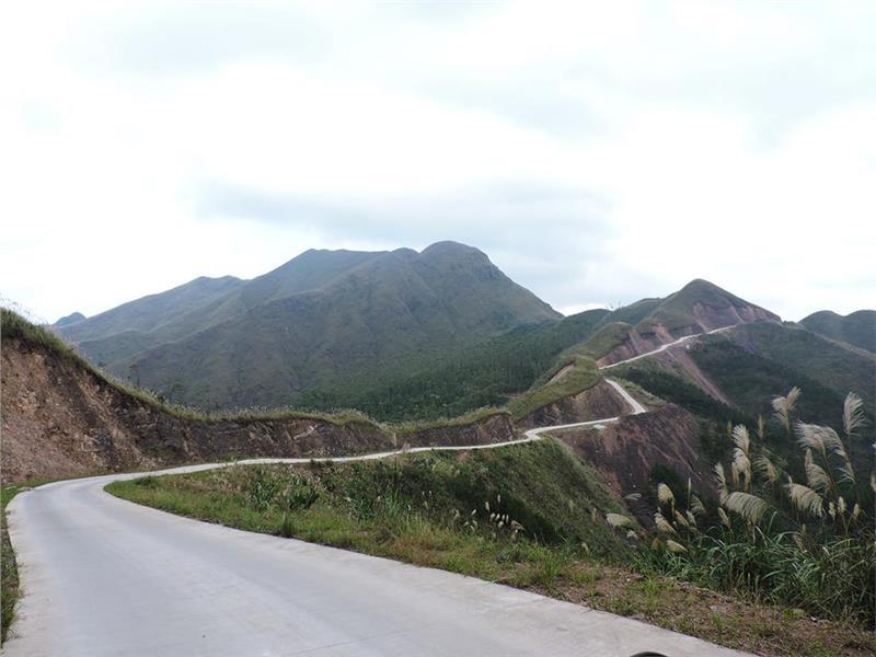 Cung đường tuần tra biên giới