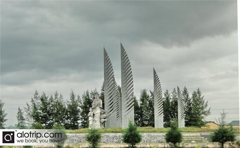 The 17th Parallel panorama