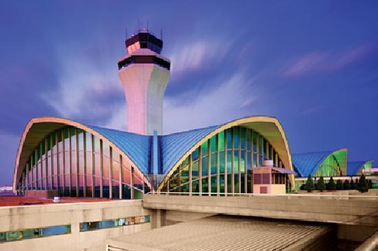 Sân bay quốc tế St.Louis