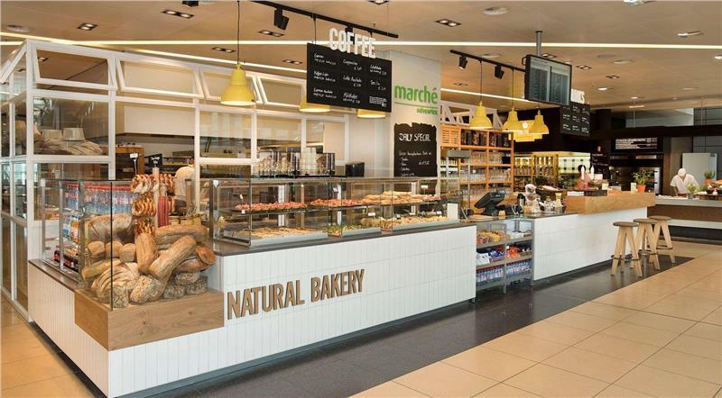 Cửa hàng phục vụ ăn uống tại sân bay quốc tế Hamburg
