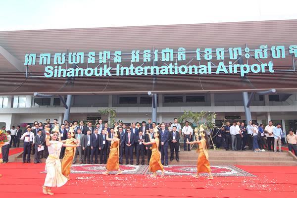 Khai trương nhà ga sân bay