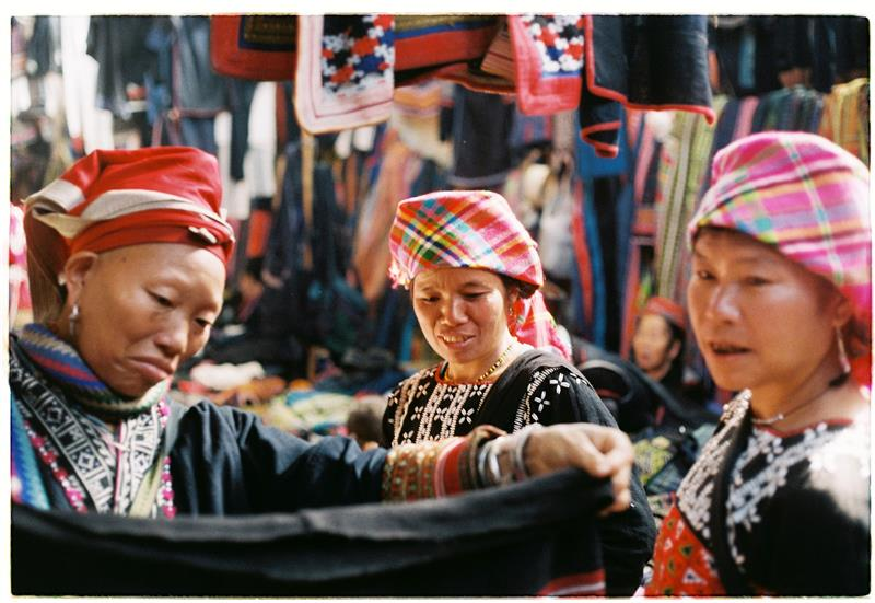 Red Dao women at Sapa