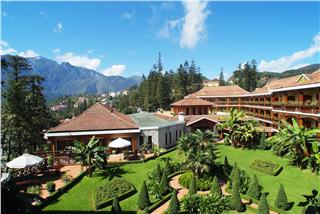 How to book cheap Sapa hotels?