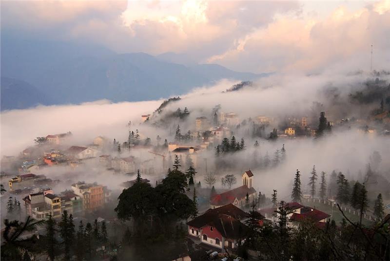 Sapa, a foggy town