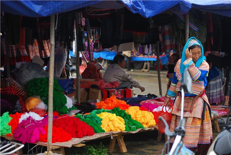 Brightly coloured yarn at Bac Ha Market
