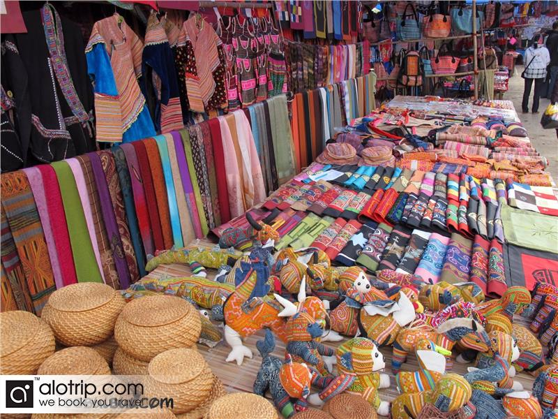 handicraft in Bac  Ha Market