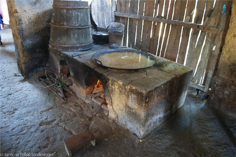 A kitchen at Ban Pho Village