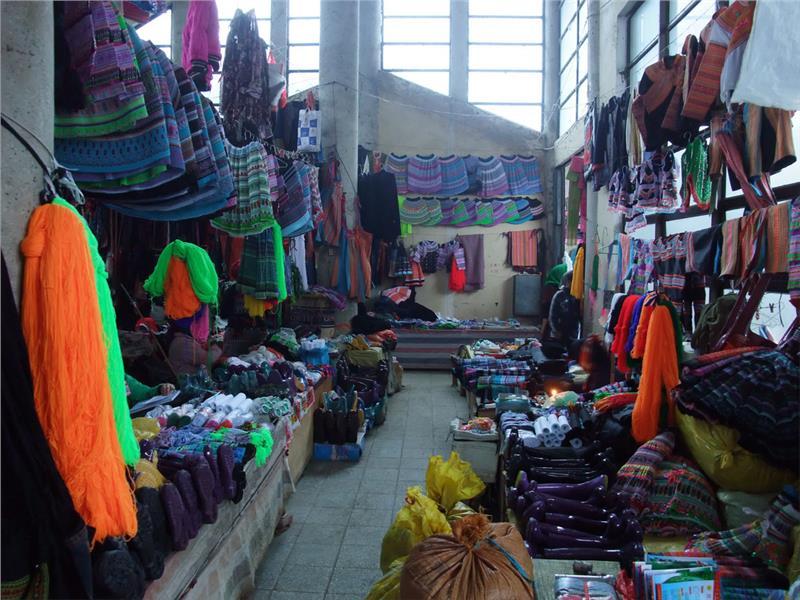 Brocade booth at Sapa Market
