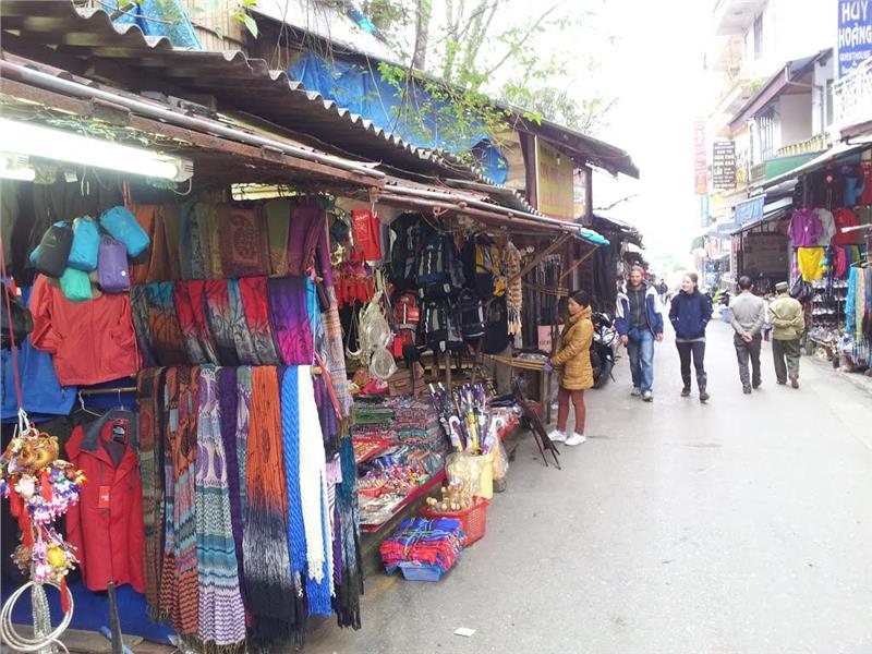 Explore Sapa Market