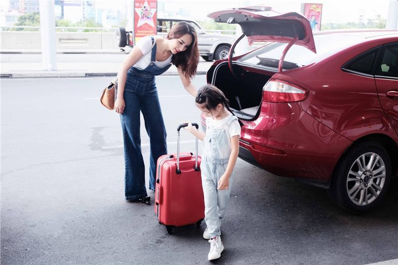 Bí quyết chuẩn bị đồ dùng cần thiết cho bé khi đi du lịch