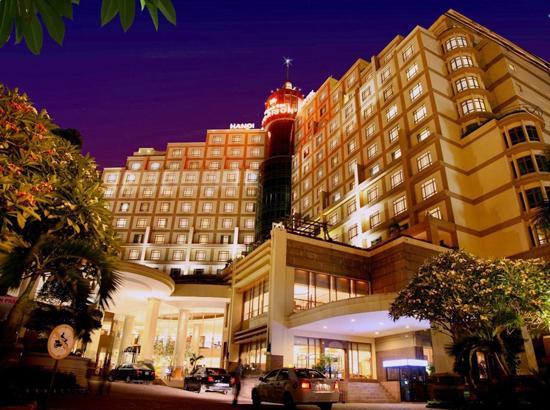 Wonderful Vietnam hotel Hilton Hanoi Opera