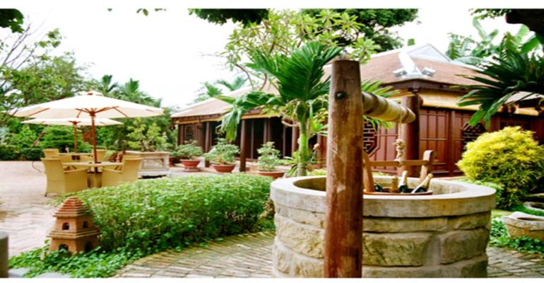 Discovering Kim Long village with Vietnam Airline