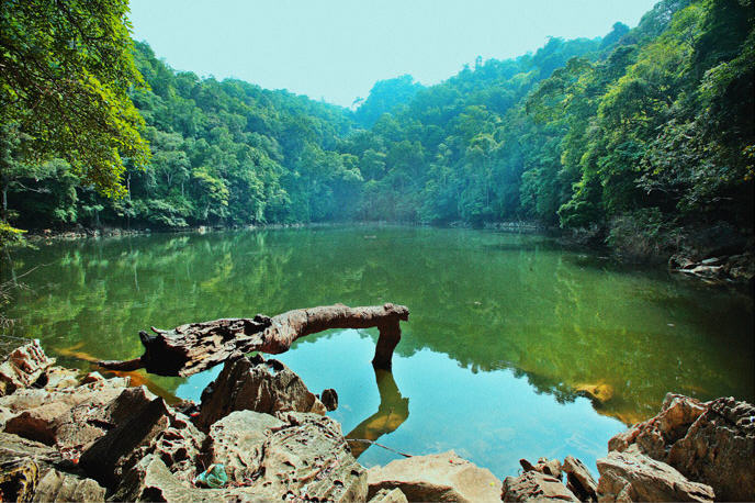 Visit Ba Be Lake with Vietnam Guide