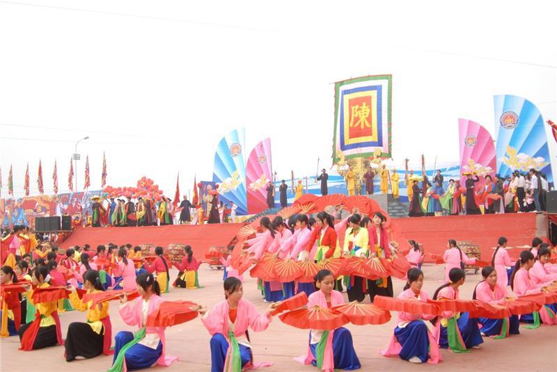 Tran temple festival