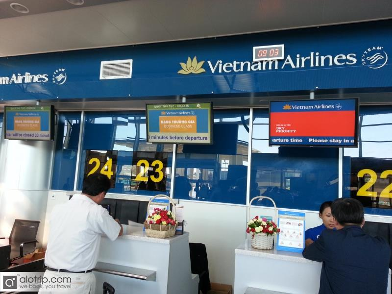 Vietnam airlines guides about Kiosk Check In system