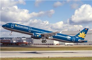 Mua vé Vietnam Airlines cho người lớn tặng vé trẻ em