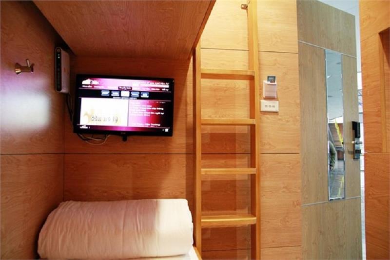 Inner sleep pod at Hanoi airport