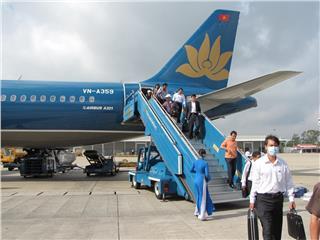 First Vietnam Airlines flight at new Noi Bai T2 Terminal