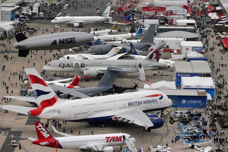 Как попасть на международный авиасалон Ле Бурже  Paris10