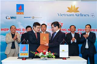 Vietnam Airlines signed insurance contract in 2015-2016
