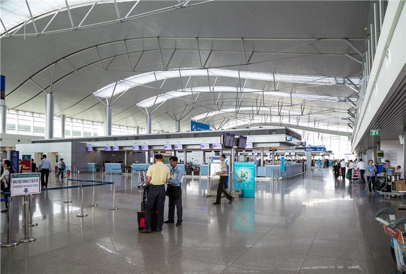 Bên trong Sân bay Tân Sơn Nhất