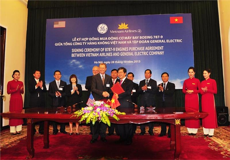 Vietnam Airlines signed the contract with GE