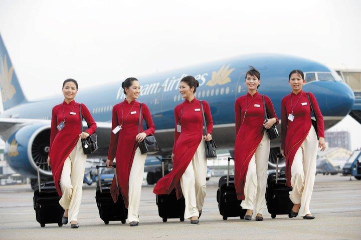 Vietnam Airlines Stewardesses
