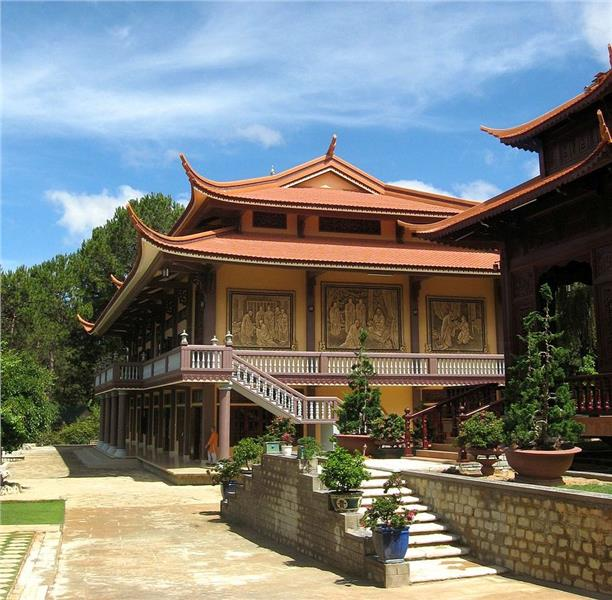 Brief history of Vietnam architecture