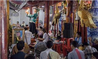 Hầu đồng in Vietnamese spiritual culture