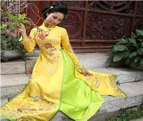 Predestined love tie with Ao Dai - Vietnamese long dress