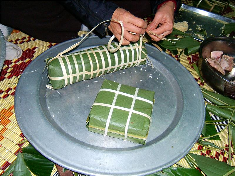 Chung Cake and Tay Cake traditional cake of Vietnam