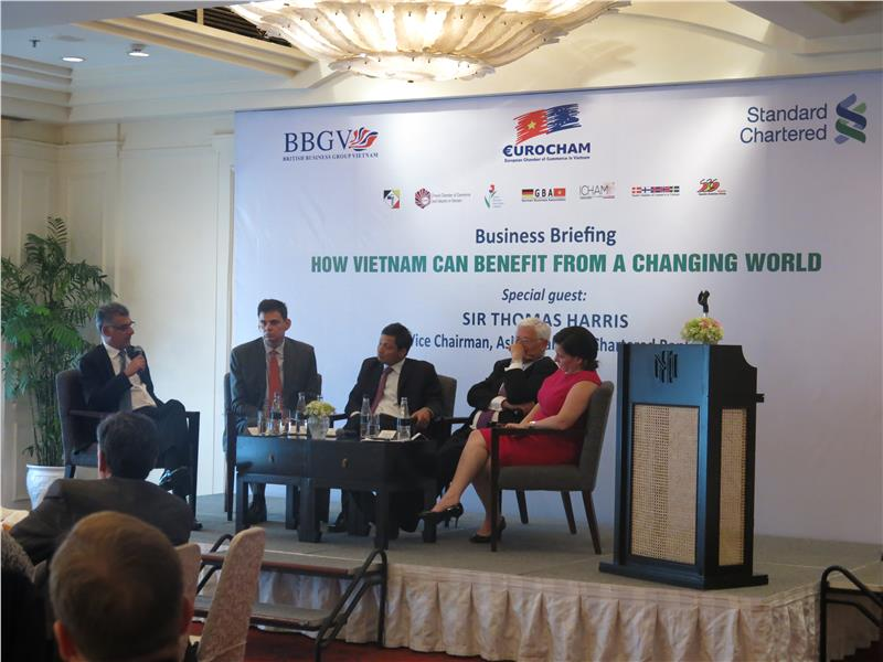A conference on foreign investment in Vietnam