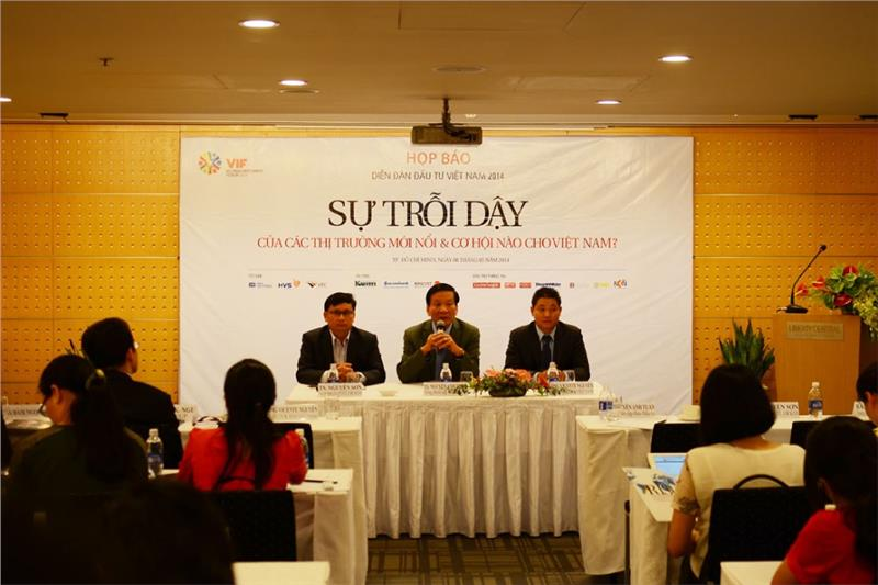 Press conference on Vietnam Investment Forum 2014