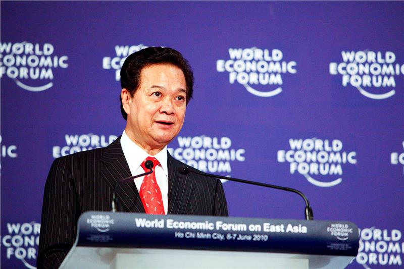Vietnam economy with opportunities and challenges in 2015