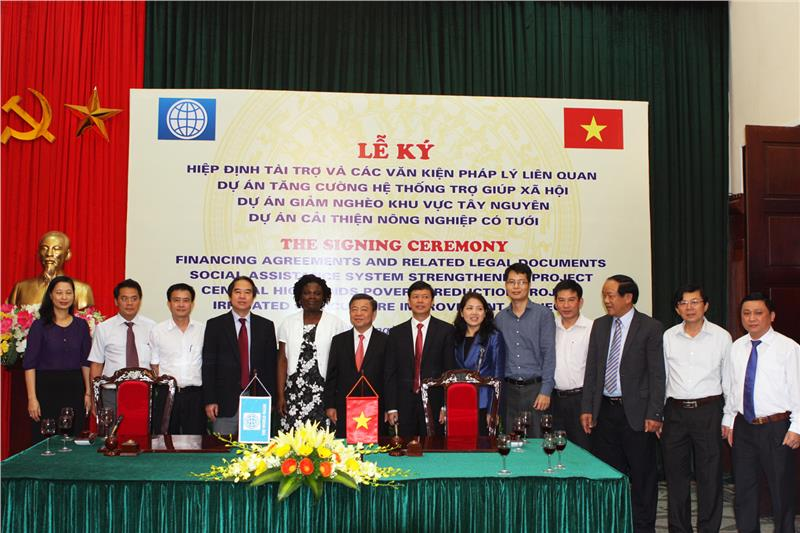 Signing ceremony of Financing Agreement between WB and Vietnam