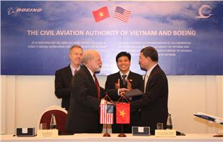 Vietnam Airlines collaborates with Boeing Corp