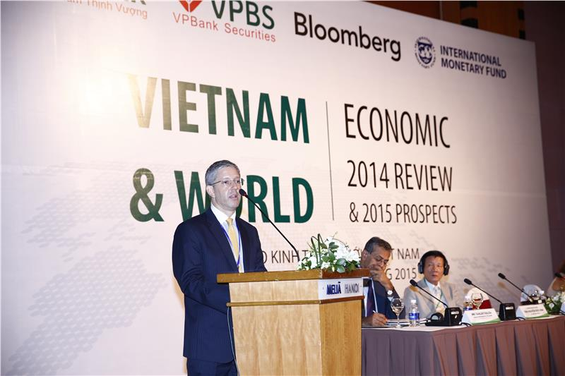 Vietnam economic 2014 review and 2015 prospect