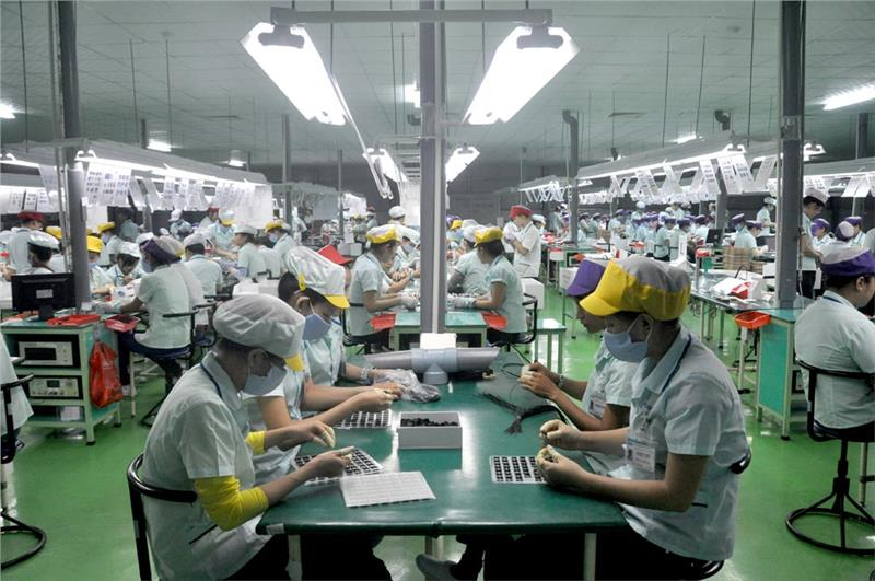 Vietnam workers in foreign company