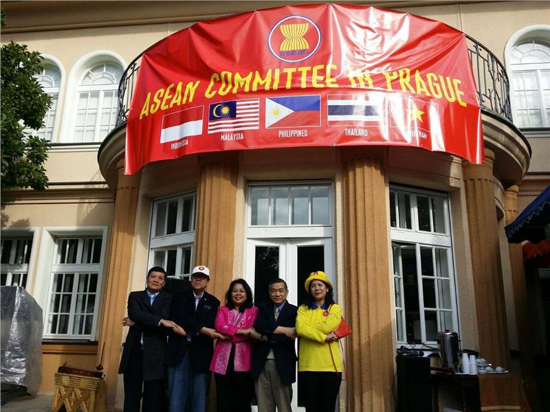 Ambassadors of the ASEAN Committee in Prague