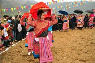 Tet celebration in H'mong ethnic culture